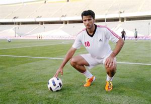 الإصابة تبعد السومة عن لقاء منتخب سورية أمام الصين في تصفيات كأس العالم