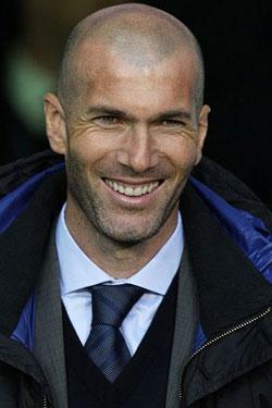 إيسكو يكشف سرًا عن تعامل زيدان مع لاعبي ريال مدريد