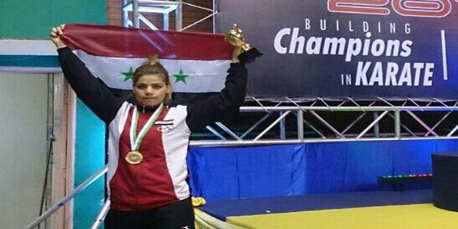 أحر العزاء لبطلة رياضة الكاراتيه منى شحيبر باستشهاد والدها