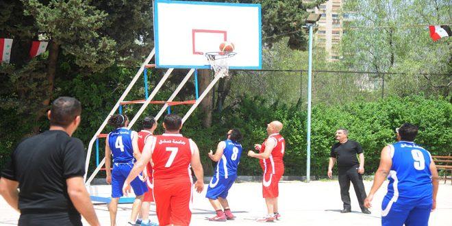 مباراة كرنفالية بين نجوم كرة السلة القدامى وأساتذة جامعة دمشق