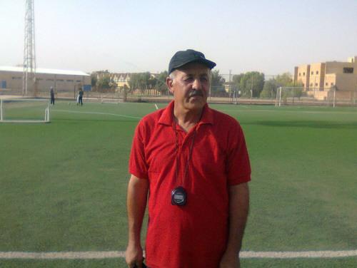 أنور عبد القادر مدربا لكرة نادي الشرطة