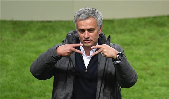 مانشستر يونايتد يضم نجما جديدا إلى قائمة أهدافه