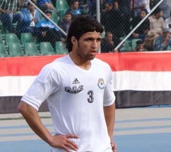 الزوراء العراقي يجدد عقد لاعبه