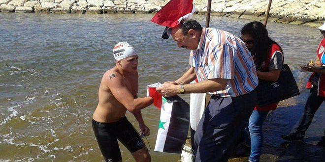 السباح عباس يفوز بالمرتبة الأولى في بطولة الجمهورية بطرطوس