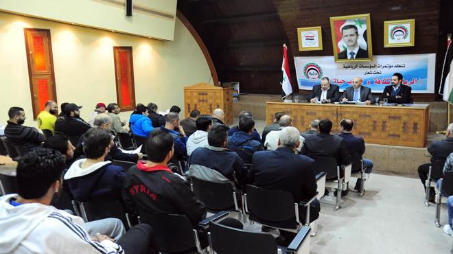 الاستفادة من الخبرات وإقامة المعسكرات أبرز مطالب المؤتمر السنوي لاتحاد الكيك بوكسينغ