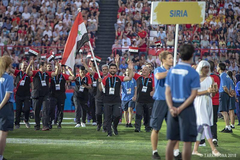 البعثة السورية تخطف الأضواء في حفل افتتاح دورة المتوسط والفارس أحمد حمشو يرفع العلم السوري