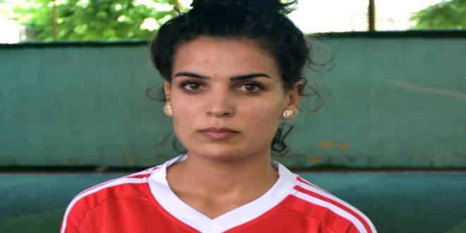 روز اليوسف تطمح لإحراز لقب بطولة أقوى امرأة في سورية
