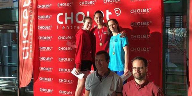 ذهبية وبرونزية للسباحة السورية بيان جمعة في بطولة الأندية الفرنسية